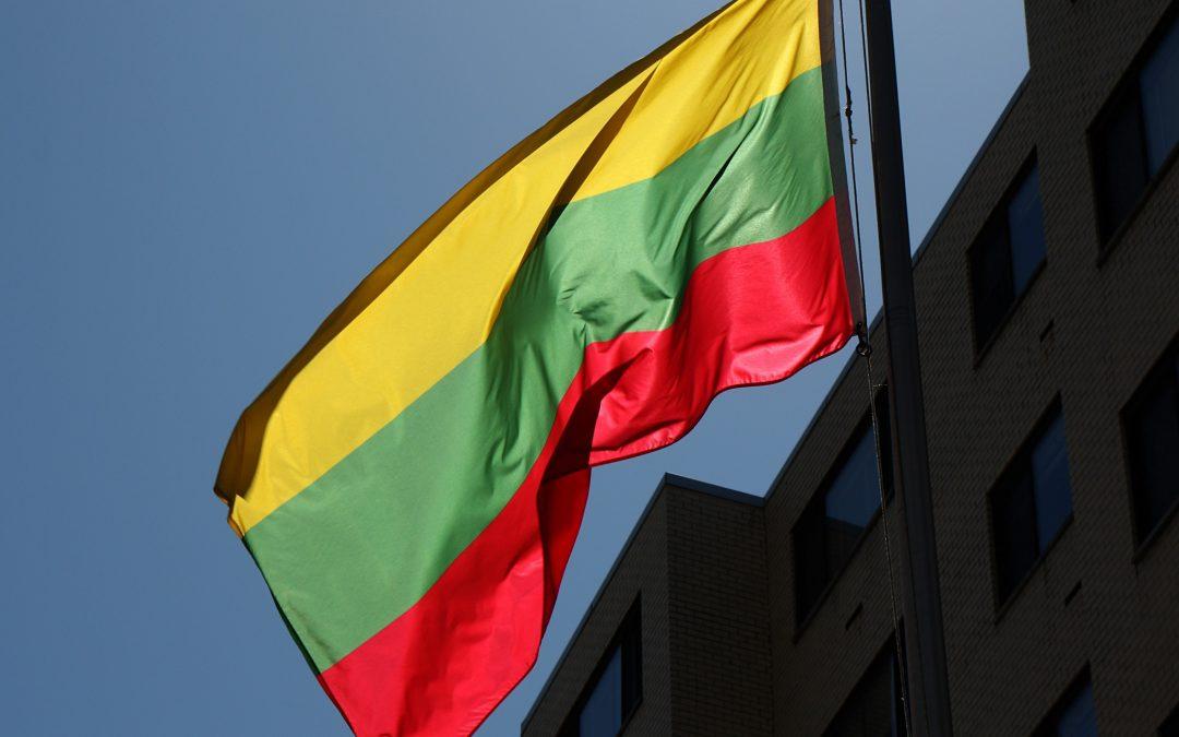 O Tribunal Constitucional da Lituânia irá tomar uma decisão sobre a nacionalidade daqueles que saíram do país depois de 1990